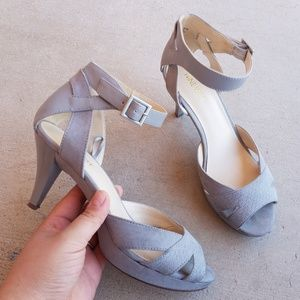Nine West JAVABEAN Light Grey Strappy Heel S3